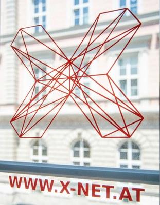 X-Net Logo im Fenster